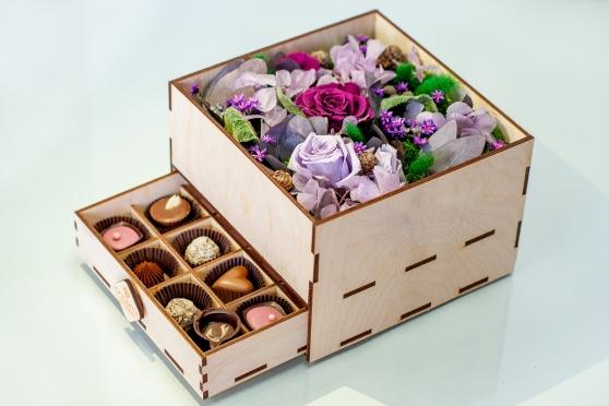 Цветы и шоколад